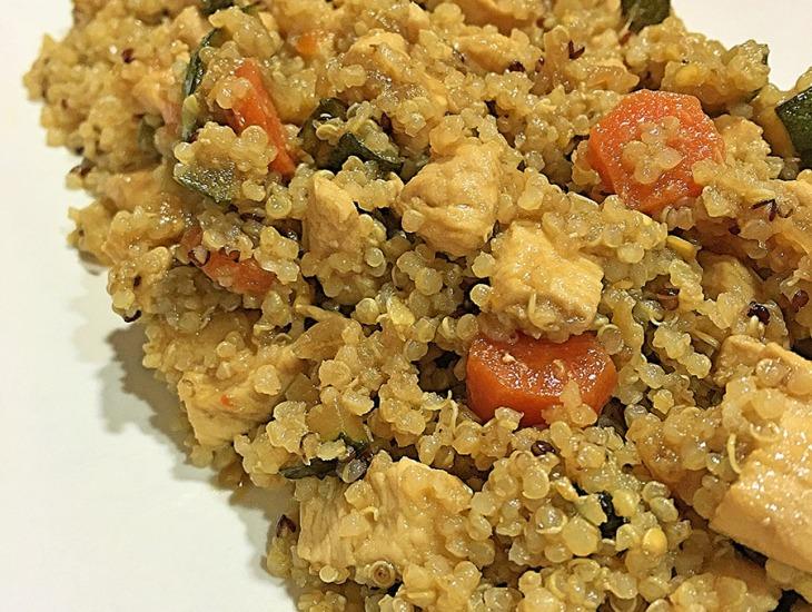 Quinoa con verduras y pollo con salsa de soja salteando for Cocina quinoa con verduras